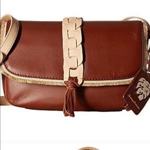 🌸Gorgeous Tommy Bahama leather bag 🌸